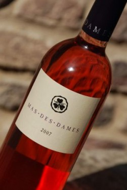 Mas Des Dames Rose bottle